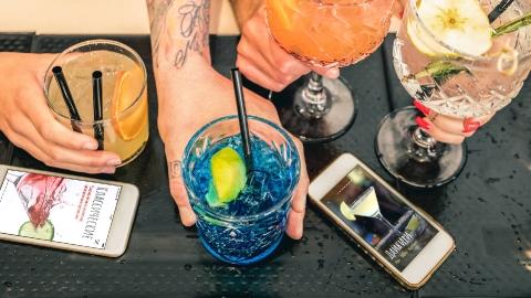 Разработка мобильного приложения - коллекция рецептов коктейлей «Cocktailist»